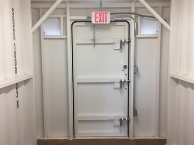 Door & Homepage - Stormbox